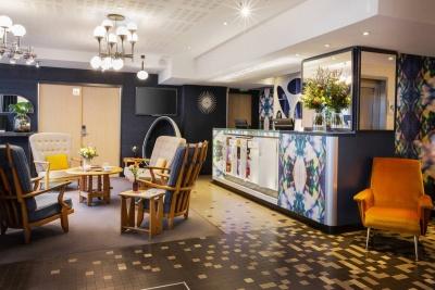 Why Hôtel - Lille - réception