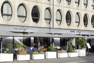 Why Hôtel - Lille - façade et terrasse